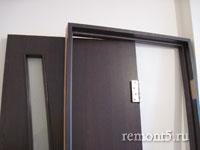 дверное полотно и косяк